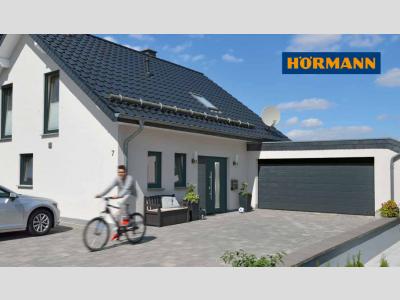 HÖRMANN RenoMatic Light akciós szabvány méretű kézi garázskapu 2500 x 2250